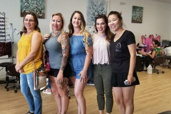 Surrogates mother with her friends for picking tatoo - Joy of Life Surrogacy